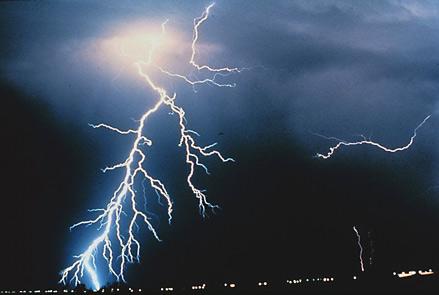 Der gute Donnergott (The Good Thunder): Eine Lektion in Arbeit, Leiden und Liebe